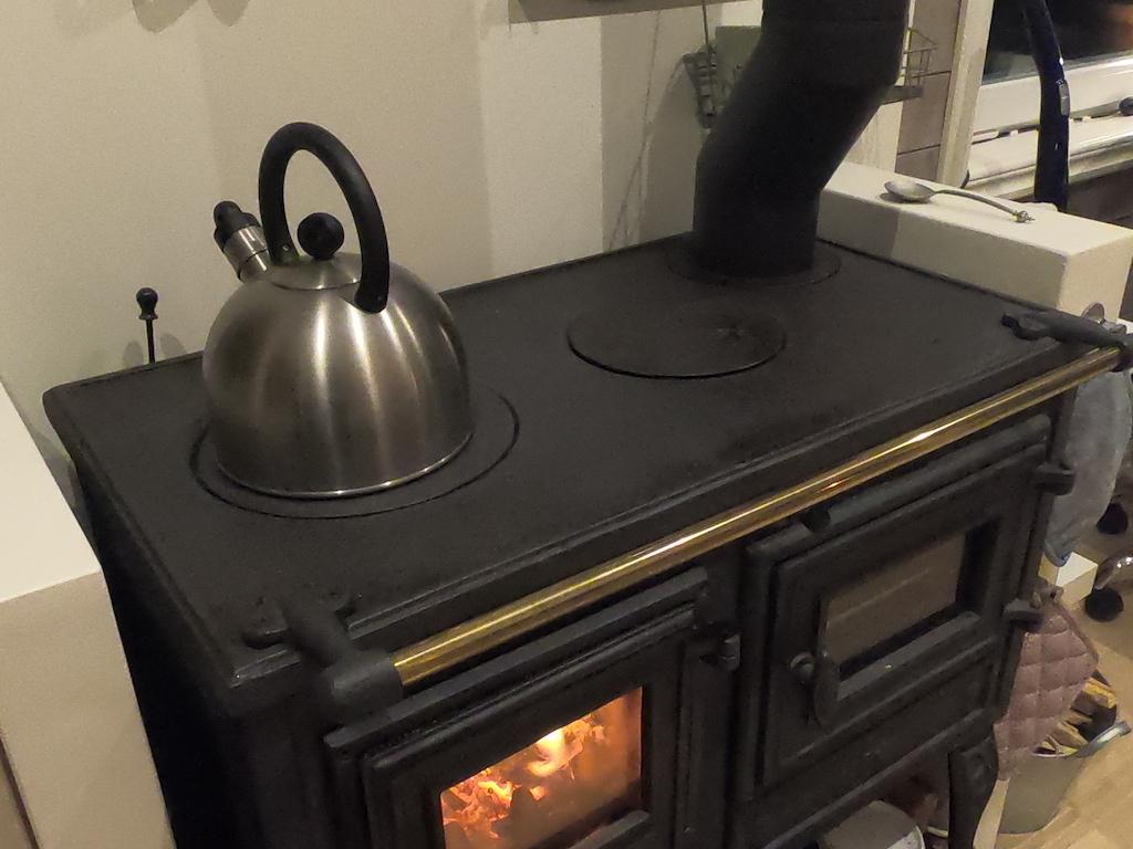 tiny house stove