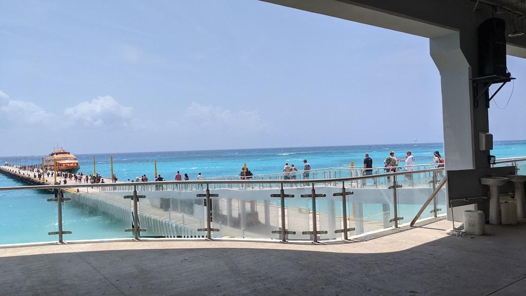 ferry playa del carmen Cozumel Mexico